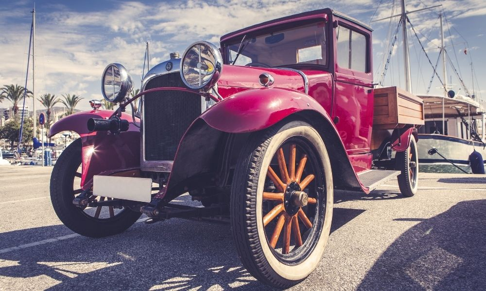 Tips for Shipping a Classic Car To Your Next Show